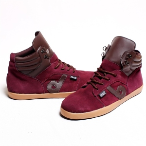 Sepatu Brave Reims  Maroon